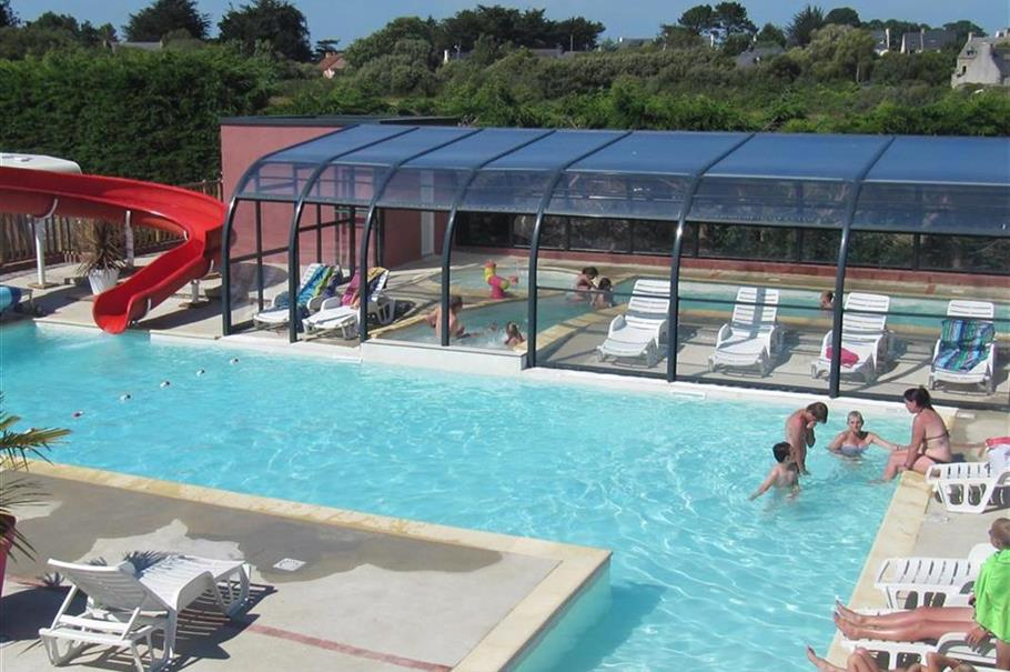 Offre early booking camping bord de mer perros guirec for Camping perros guirec piscine